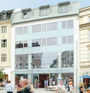 Moderne Fensterfassade