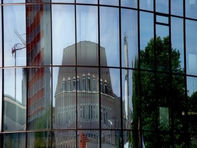 Großflächige Fenster © Reinhold Trauner PIXELIO www.pixelio.de