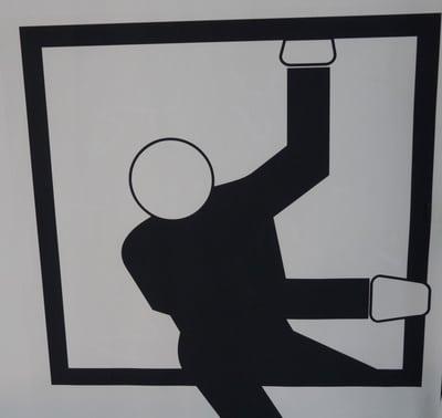 Vorsicht vor durch Fenster einsteigenden Einbrechern © Dieter Schütz PIXELIO www.pixelio.de