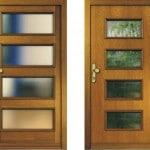 Bild: Holzhaustüren Rahmenkonstruktion oder Plattenbauweise