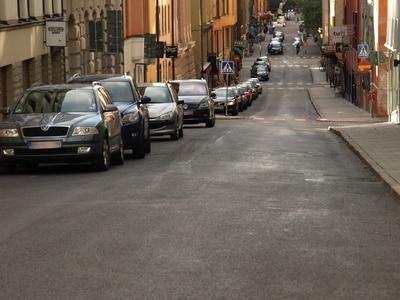 Lärmreiche Straße © leAcronym PIXELIO www.pixelio.de